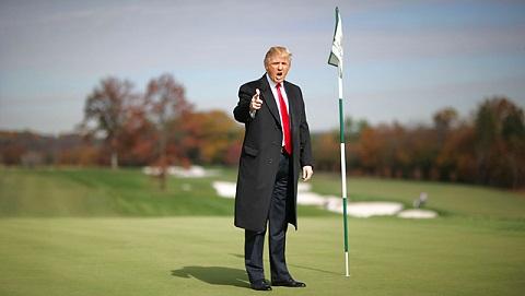 Donal-trump-choi--golf