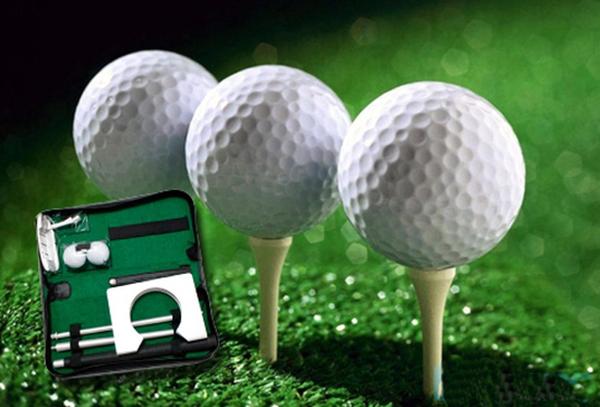 Dụng cụ tập golf tại nhà - Bóng golf