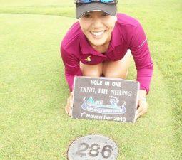golfer-tang-thi-nhung-moi-la-tren-cuong-vi-huan-luyen-vien