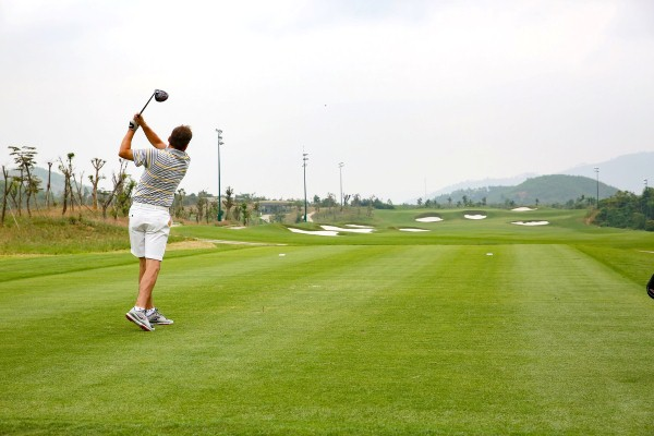 phat-golf-duong-dai