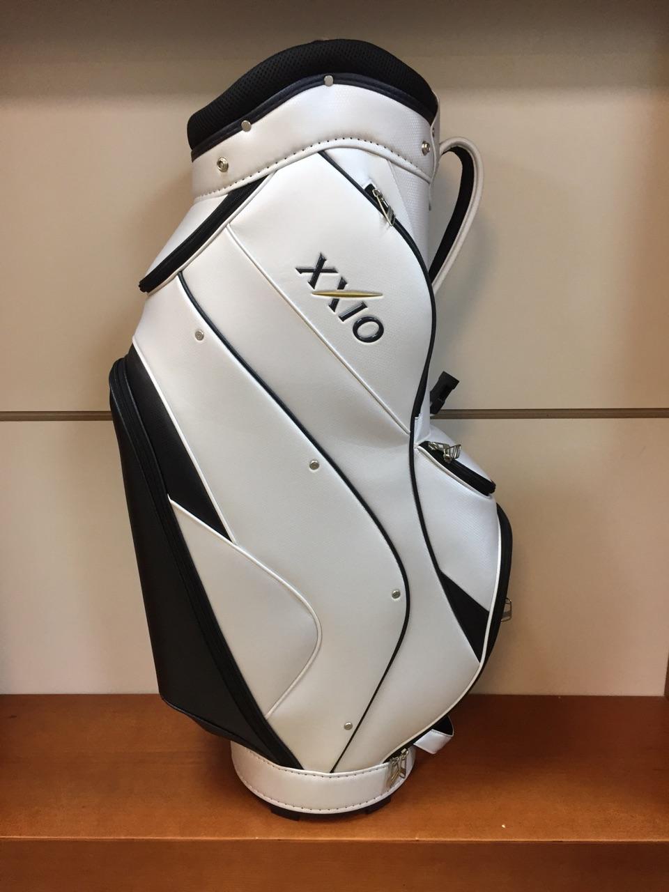 Túi gậy golf XXIO CADDY BAG (GGC-X060) có giá 6,350,000 đồng