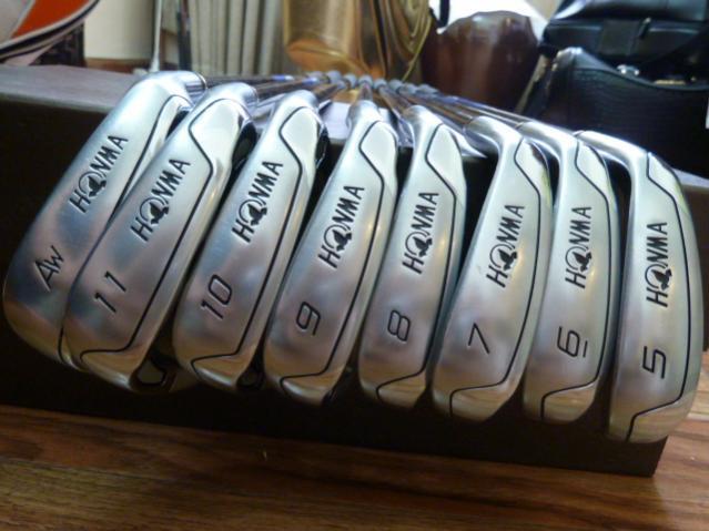Gậy golf honma cũ nhưng chất lượng vẫn gần như mới
