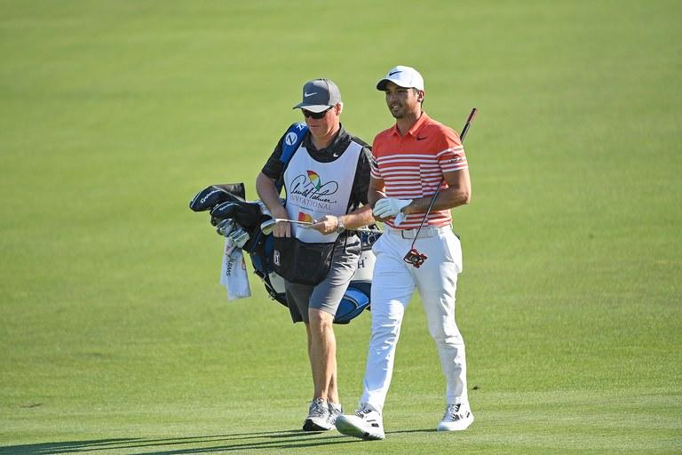 Làm nghề Caddy ở sân golf có vất vả không