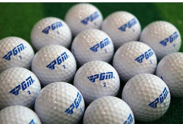 Bóng golf là thiết bi thiết yếu khi đánh golf