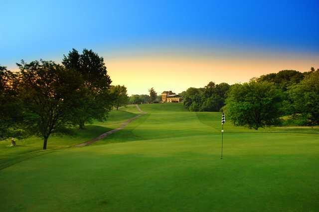 Khu vực green tiêu chuẩn sân golf 18 lỗ