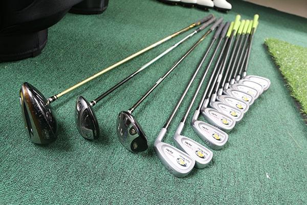 Tổng hợp các lý do nên mua gậy golf cũ khi mới bắt đầu