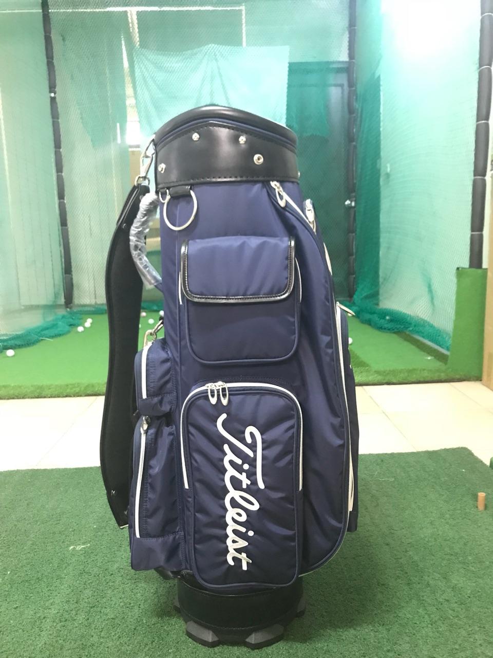 Sản phẩm Túi golf của thương hiệu Titleist