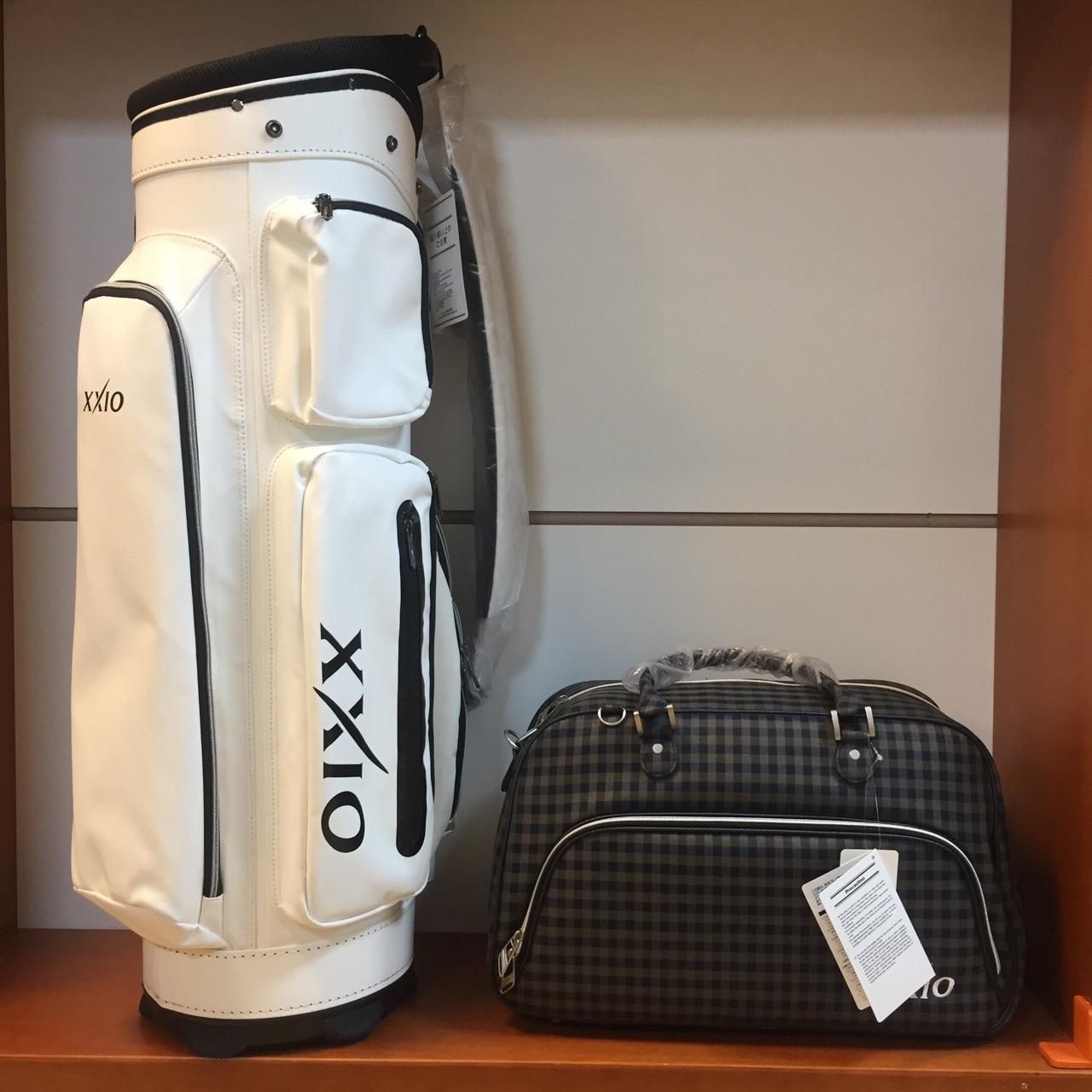 túi đựng gậy và quần áo gậy golf