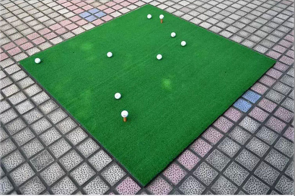 Mẫu thảm tập golf hcm được bán rất nhiều