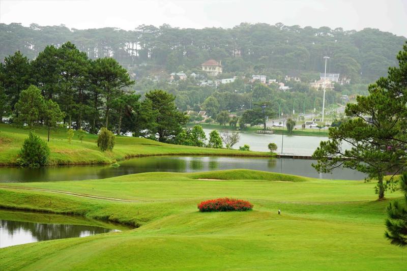 Đà Lạt Palace golf Club -  Sân golf Việt Nam nên thơ nhất