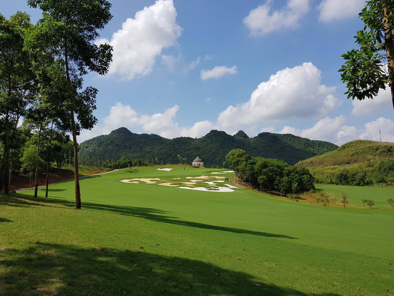 Toàn cảnh sân golf Hà Nam Kim Bảng