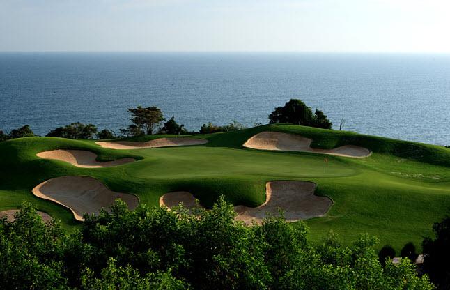 Top Sân golf Việt Nam đẹp và đang chơi nhất