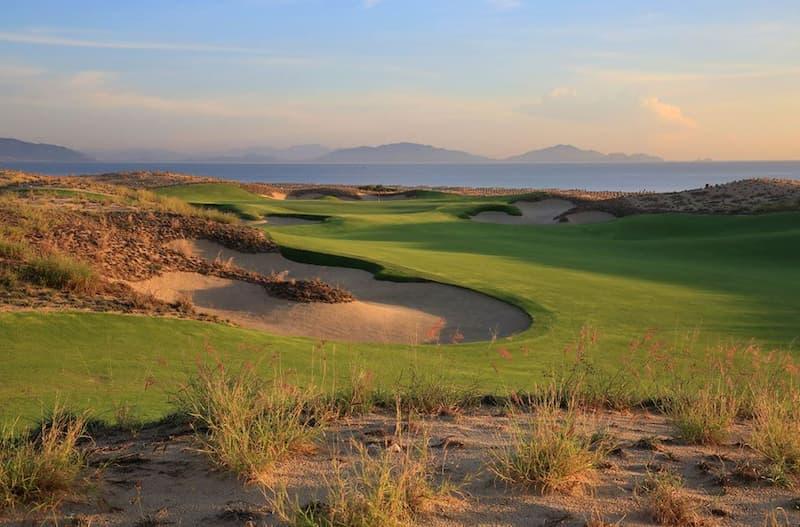 Sân Golf Cam Ranh tuyệt đẹp