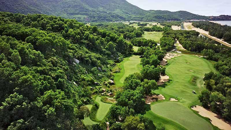 Sân golf Laguna Lăng Cô - Thừa Thiên Huế