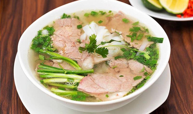 Phở bò - một món ăn nổi tiếng của Nam Định