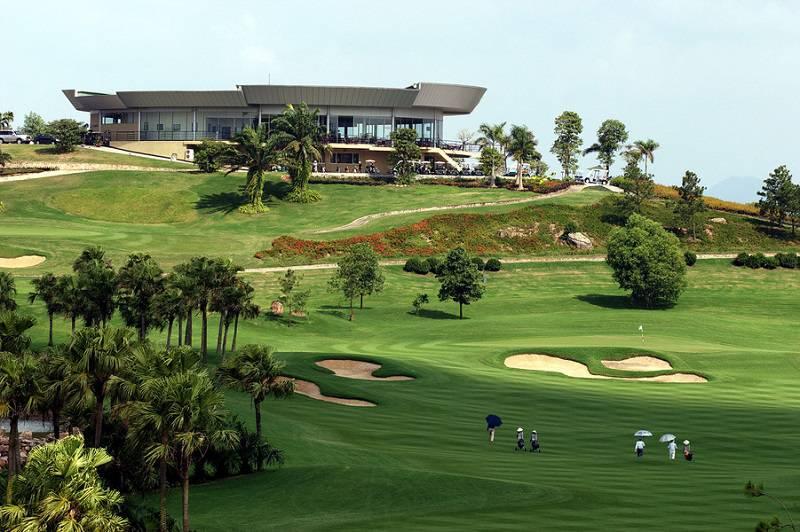 Vẻ đẹp tại sân golf ngôi sao Chí Linh