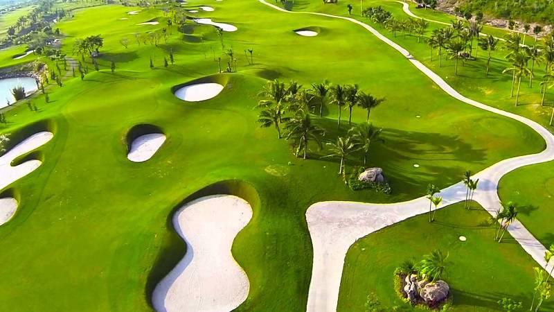 Sự thu hút của sân golf Diamond Bay