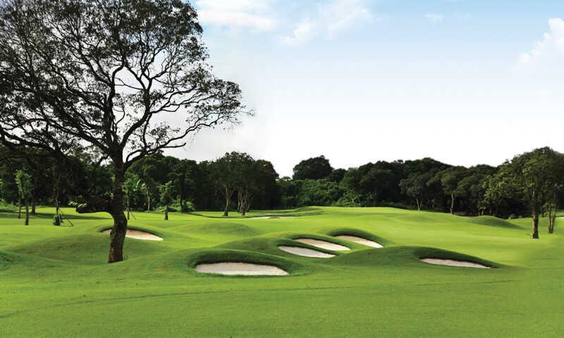 Sân golf đầy thách thức cho golfer trải nghiệm