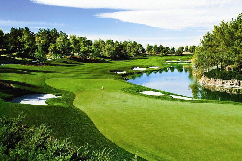 Sân Golf Phú Mỹ Hưng Quận 7 Nổi Bật Giữa Lòng Thành Phố
