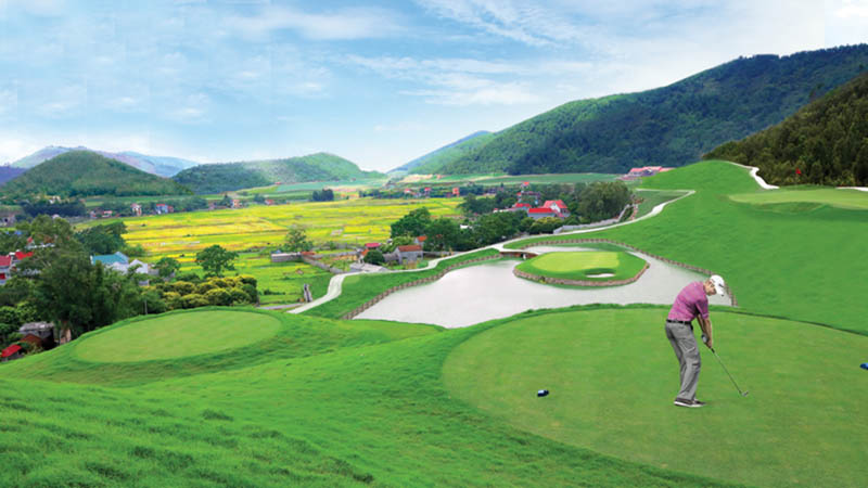 Sân golf Yên Dũng là một trong những sân golf có quang cảnh đẹp nhất