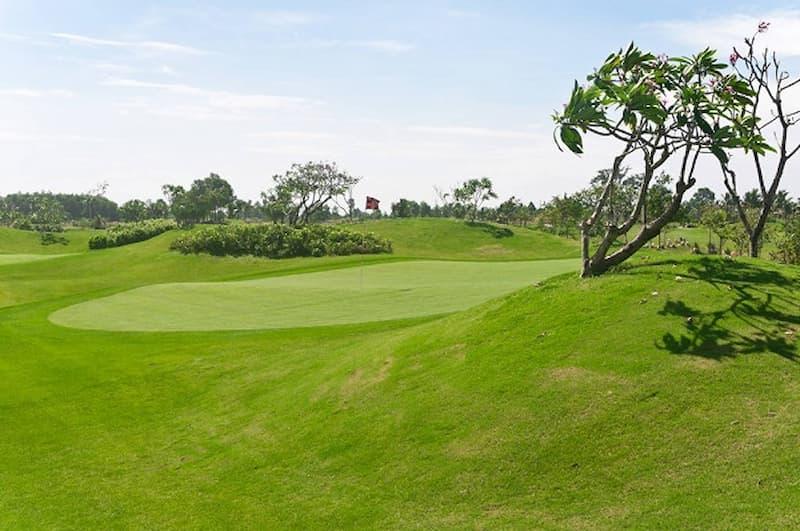 Cảnh quan tự nhiên tại sân golf Mê Kong