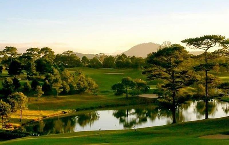 Sân golf ở Đà lạt đã trải qua nhiều giai đoạn phát triển thăng trầm