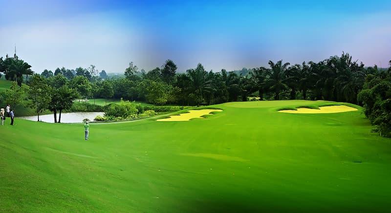 Vẻ đẹp thiên nhiên tại sân golf