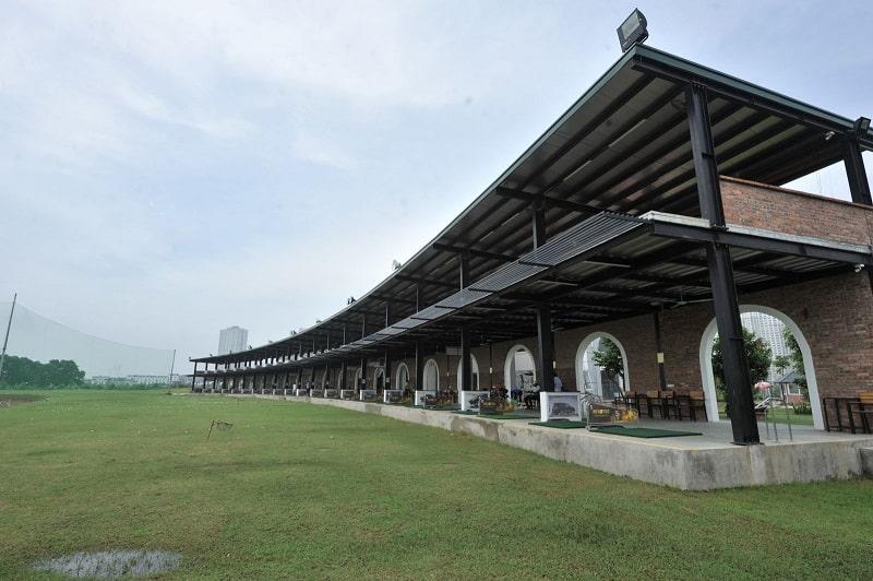 Sân có tới 76 line tập, chia thành 2 tầng riêng biệt để phục vụ nhu cầu tập luyện của golfer