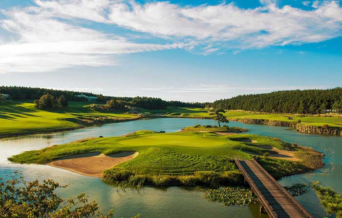 nine-bridges-golf-club